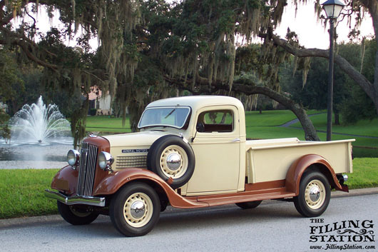 Patrick Kroeger's 1936 GMC